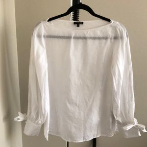 White balloon sleeve shirt